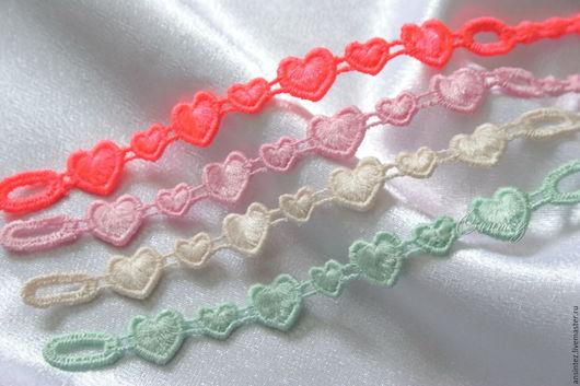 Браслеты ручной работы. Ярмарка Мастеров - ручная работа. Купить браслеты вышитые Забавные Сердечки набор 4шт. ажурная вышивка. Handmade.