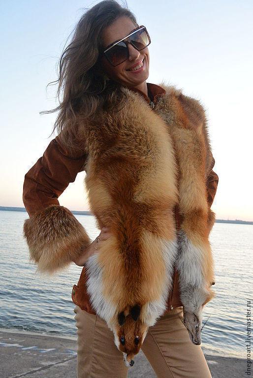 С чем носят жилетку с лисы