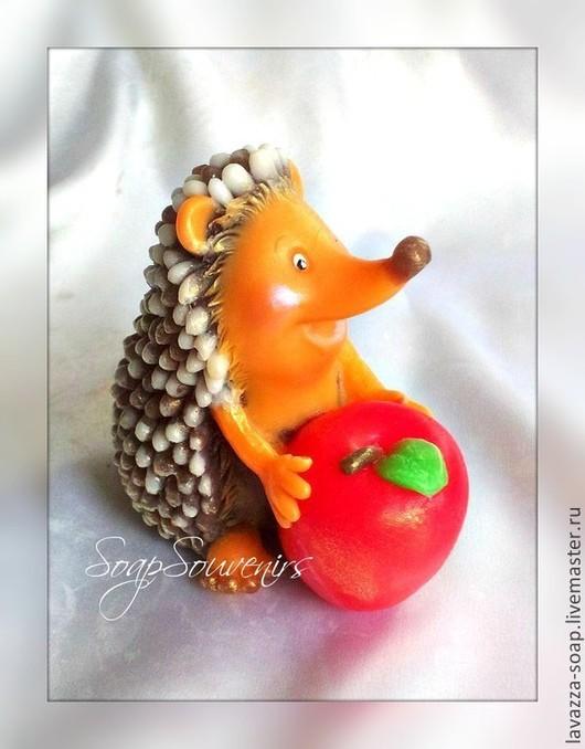 Мыло ручной работы. Ярмарка Мастеров - ручная работа. Купить Мыло Ежик с яблоком. Handmade. Ежик, подарок девушке