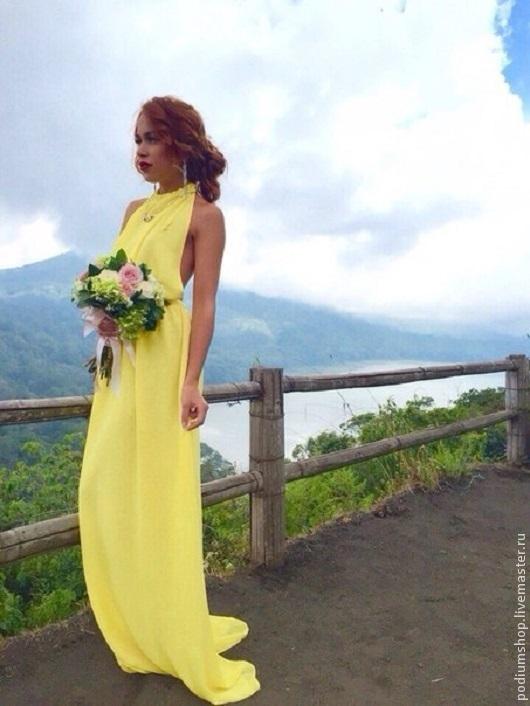 Шифоновое желтое платье с открытой спиной