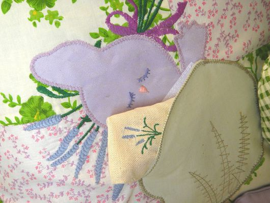 Детская ручной работы. Ярмарка Мастеров - ручная работа. Купить Комплект в кроватку Зайчики Саше лаванда Детская подушка Подарок малыш. Handmade.