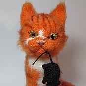 Куклы и игрушки ручной работы. Ярмарка Мастеров - ручная работа Рыжий охотник - кот - вязаная мягкая игрушка - коллекционная кукла. Handmade.