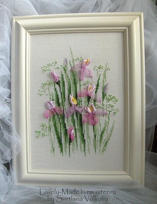 """Картины цветов ручной работы. Ярмарка Мастеров - ручная работа. Купить """"Ирисы"""" Вышитая картина цветов. Вышивка нитками, лентами, бисером. Handmade."""