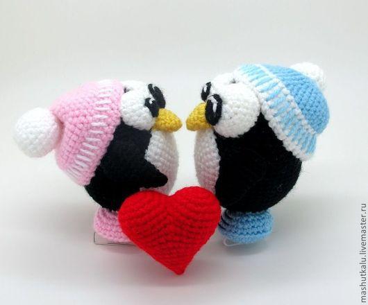 Игрушки животные, ручной работы. Ярмарка Мастеров - ручная работа. Купить Влюблённая парочка - вязаная мягкая игрушка ко дню влюбленных. Handmade.