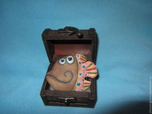Ароматизированные куклы ручной работы. Ярмарка Мастеров - ручная работа. Купить Рыбулька. Handmade. Коричневый, рыба, ароматизированная игрушка, синтепон