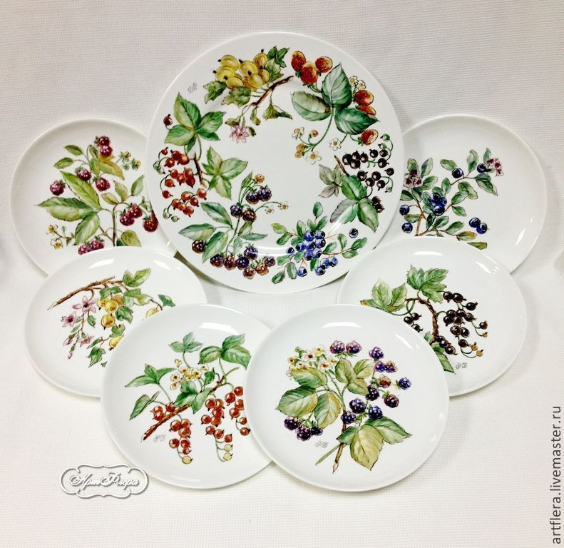 The painted porcelain.Plates dessert 'berry clearing', Plates, Kazan,  Фото №1