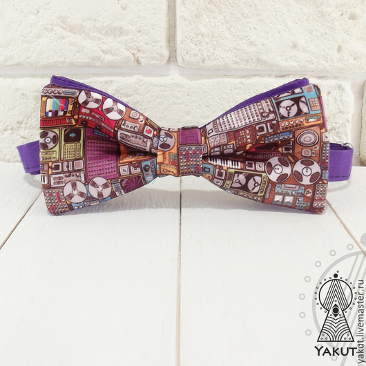 Галстуки, бабочки ручной работы. Ярмарка Мастеров - ручная работа. Купить Галстук бабочка DJ атлас / бабочка-галстук фиолетовый музыкальный. Handmade.