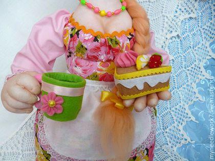 Человечки ручной работы. Заказать Кукла-грелка на чайник. Татьяна. Ярмарка Мастеров. Кукла на кухню, оригинальный подарок, фетр