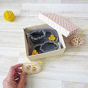 Работы для детей, ручной работы. Ярмарка Мастеров - ручная работа детские вязаные пинетки для девочки пинетки в подарок, серый, желтый. Handmade.