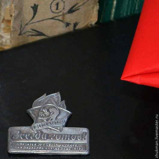 Магнит на холодильник. Маленький сувенир. Скромный подарок. Маленький презент.\r\n23 февраля. День защитника Отечества. \r\nСувениры и подарки. Магниты.