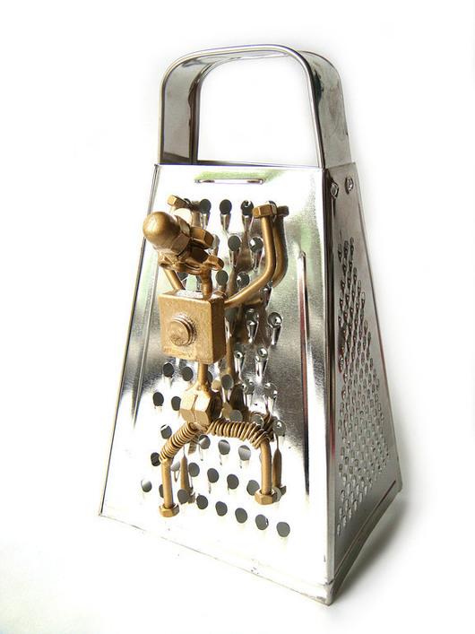 """Кухня ручной работы. Ярмарка Мастеров - ручная работа. Купить Сувенир -  """"Скалолаз"""". Handmade. Золотой, прикольный подарок, подарок для мужчины"""