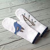 Аксессуары handmade. Livemaster - original item Mittens felted blue bird repeat mittens made of wool. Handmade.