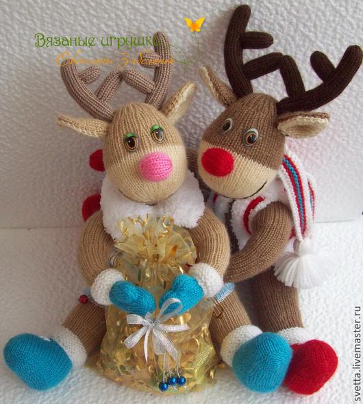 """Игрушки животные, ручной работы. Ярмарка Мастеров - ручная работа. Купить """"Новогодние Олешки"""" вязаные игрушки. Handmade. Вязаная игрушка"""