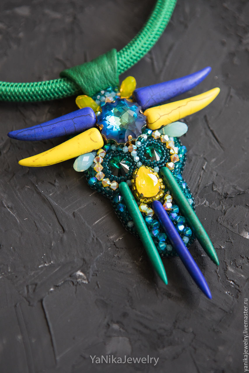 Колье, бусы ручной работы. Ярмарка Мастеров - ручная работа. Купить Летний тотем, яркое летнее колье из кристаллов Swarovski. Handmade.
