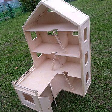 Куклы и игрушки ручной работы. Ярмарка Мастеров - ручная работа Угловой домик с гаражом. Handmade.