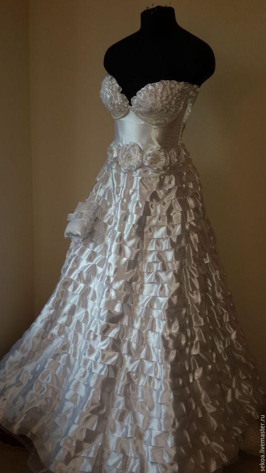Платья ручной работы. Ярмарка Мастеров - ручная работа. Купить Свадебное платье из атласа.. Handmade. Свадебное, белое, корсет, однотонный