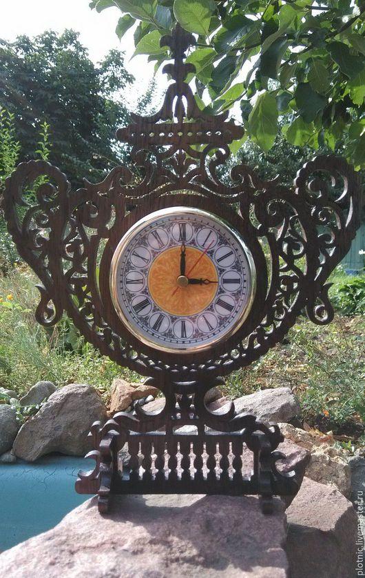 Часы для дома ручной работы. Ярмарка Мастеров - ручная работа. Купить Настолные часы - ваза. Handmade. Коричневый, часы в подарок