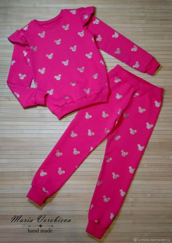 Трикотажный костюм с крылышками для девочки