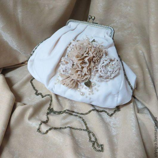 Женские сумки ручной работы. Ярмарка Мастеров - ручная работа. Купить Бархатная сумочка  цвета айвори. Handmade. Бежевый, винтаж