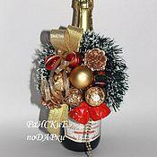 Подарки к праздникам ручной работы. Ярмарка Мастеров - ручная работа Новогоднее украшение на шампанское.. Handmade.