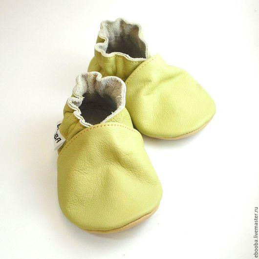 Кожаные чешки тапочки пинетки оливковые салатовые ebooba
