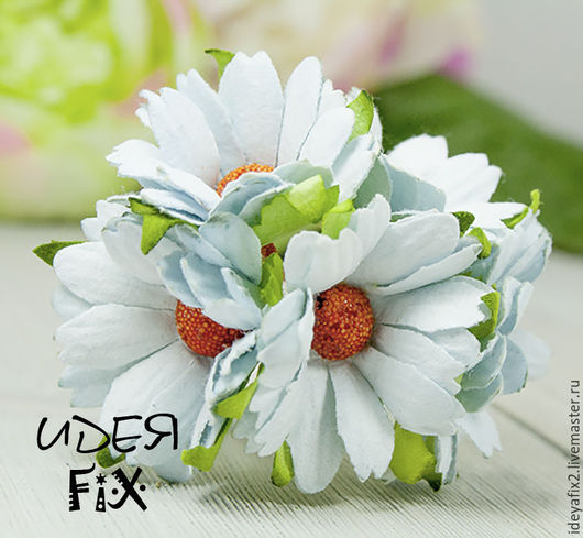 Диаметр цветка около 40 мм.  Длина проволочного стебелька 5 см.  Цена указана за 1 шт.