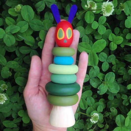 """Развивающие игрушки ручной работы. Ярмарка Мастеров - ручная работа. Купить Пирамидка """"голодная гусеница"""". Handmade. Персонаж, гусеница, гусеничка"""