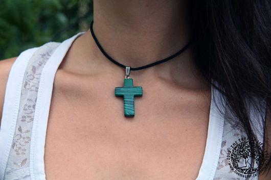 Кулоны, подвески ручной работы. Ярмарка Мастеров - ручная работа. Купить Крест из малахита. Handmade. Подарок девушке, коричневый