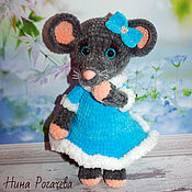 Куклы и игрушки handmade. Livemaster - original item Mouse Baby in a turquoise dress. mouse knitted. Handmade.
