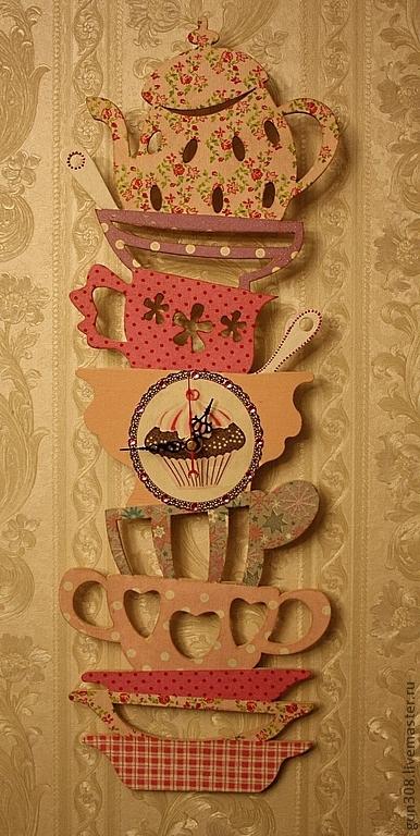 """Часы для дома ручной работы. Ярмарка Мастеров - ручная работа. Купить Часы кухонные """"Гора посуды - Розовый Гламур"""". Handmade."""