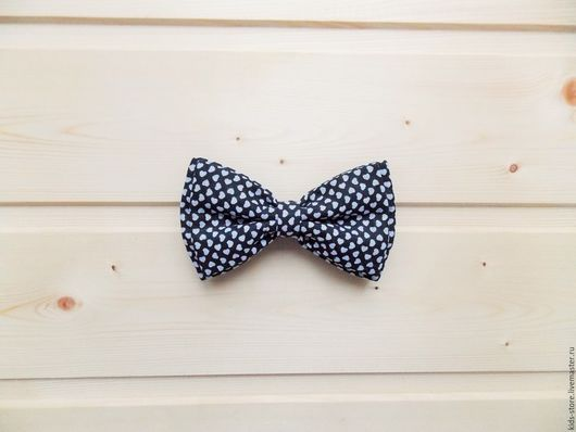 """Детские аксессуары ручной работы. Ярмарка Мастеров - ручная работа. Купить Детская галстук бабочка """"Сердечки""""  черно-белая. Handmade."""