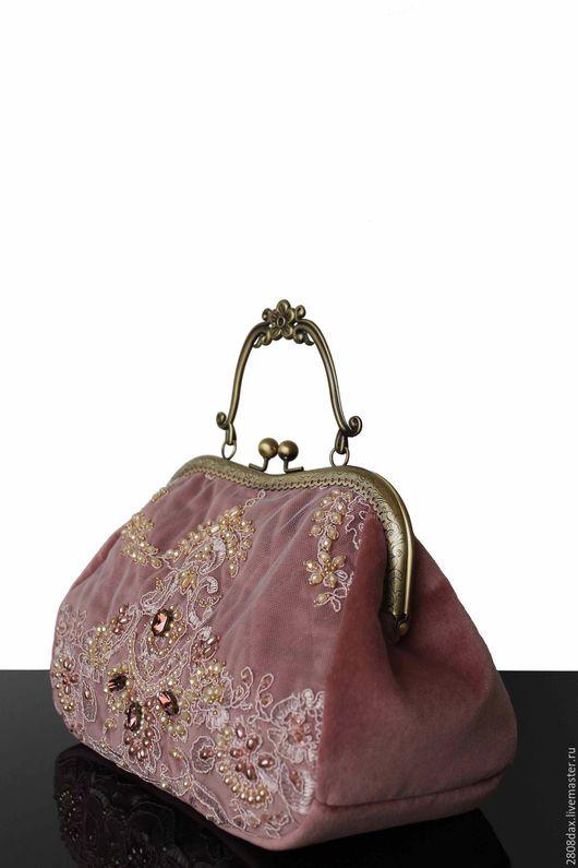 """Женские сумки ручной работы. Ярмарка Мастеров - ручная работа. Купить """"Вечер в Версале"""" бархатная сумочка, коллекционная сумочка, пудровый. Handmade."""