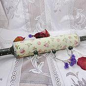 Для дома и интерьера handmade. Livemaster - original item Hanger-rolling pin for the kitchen with the roses ,shabby, decoupage. Handmade.