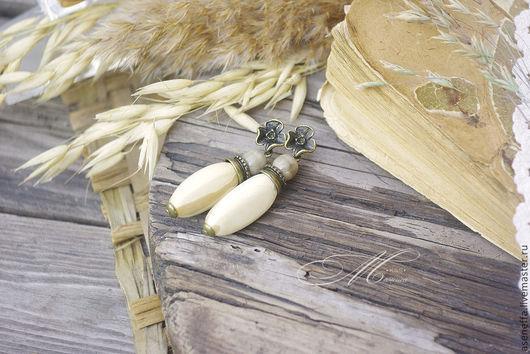 """Серьги ручной работы. Ярмарка Мастеров - ручная работа. Купить Серьги """"Пшеничный колос"""". Handmade. Бежевый, бежь, универсальные серьги"""