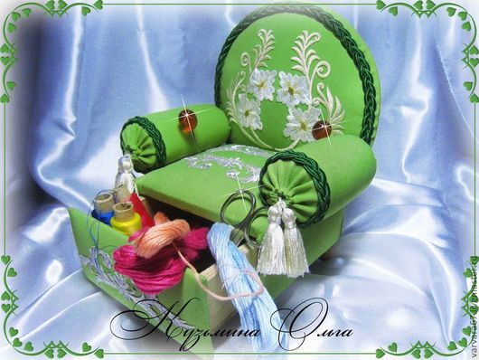 Шитье ручной работы. Ярмарка Мастеров - ручная работа. Купить игольница-кресло декоративная надежда. Handmade. Ярко-зелёный, кисти