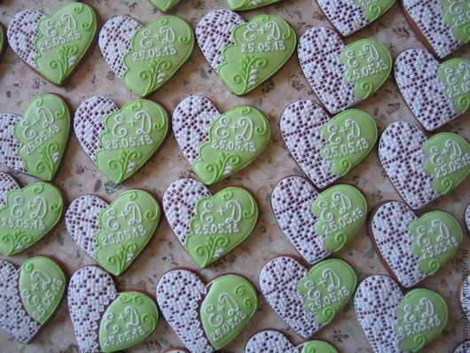 Кулинарные сувениры ручной работы. Ярмарка Мастеров - ручная работа. Купить Свадебные сердечки. Handmade. Свадьба, сердечко, расписные пряники