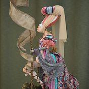 """Куклы и игрушки ручной работы. Ярмарка Мастеров - ручная работа """"Средневековая дама""""из древнего рода со львом. Handmade."""