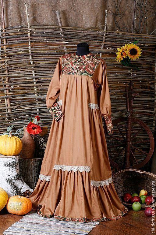 Нарядное платье в русском стиле.