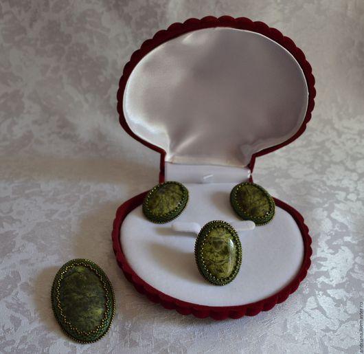 Комплекты украшений ручной работы. Ярмарка Мастеров - ручная работа. Купить Комплект украшений из змеевика. Handmade. Тёмно-зелёный