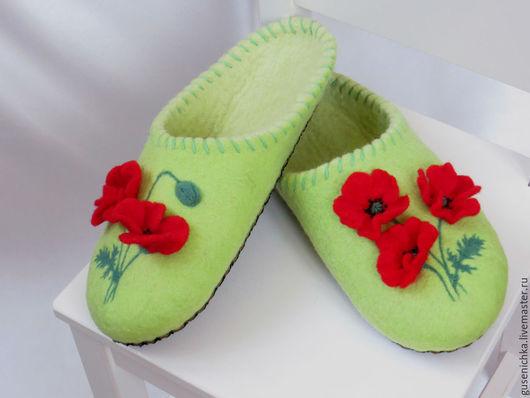 Обувь ручной работы. Ярмарка Мастеров - ручная работа. Купить Тапочки валяные Маки. Handmade. Салатовый, тапочки из войлока