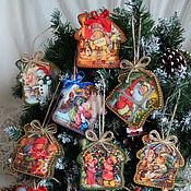 """Подарки к праздникам ручной работы. Ярмарка Мастеров - ручная работа Новогодний домик-подвеска """"Новый год"""". Handmade."""