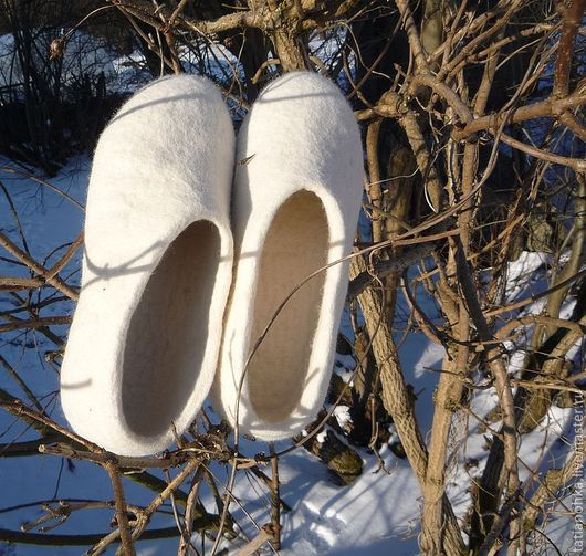 Обувь ручной работы. Ярмарка Мастеров - ручная работа. Купить Тапочки Невеста. Handmade. Тапочки, белый, тапочки из шерсти