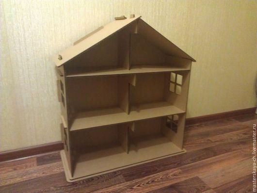 На фото домик меньшего размера.