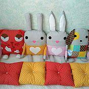 Работы для детей, ручной работы. Ярмарка Мастеров - ручная работа Бортики подушки для детской кроватки. Handmade.