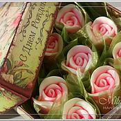 """Косметика ручной работы. Ярмарка Мастеров - ручная работа Подарочный набор мыла """"Бутоны роз"""". Handmade."""