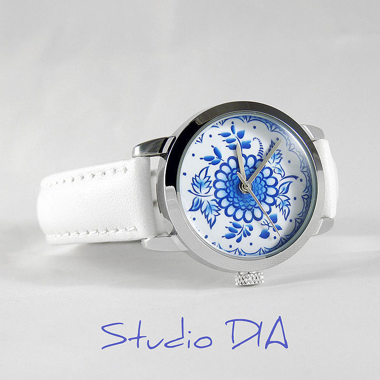 Часы. Наручные Часы. Оригинальные Дизайнерские Часы Гжель Рисунок. Студия Дизайнерских Часов DIA.
