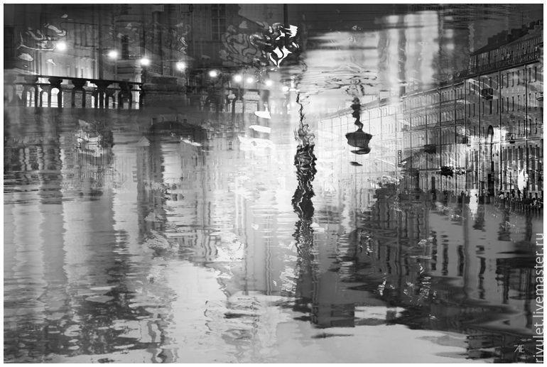 Черно белая фото картина абстракция для интерьера. Авторская картина с видом Петербурга. Городской пейзаж «Ночные огни». Санкт-Петербург, Россия. Елена Ануфриева