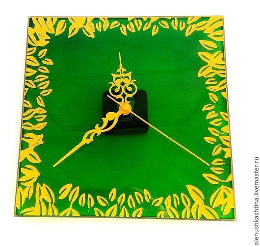 Часы для дома ручной работы. Ярмарка Мастеров - ручная работа. Купить Часы «Сочная зелень». Handmade. Ярко-зелёный, сочный