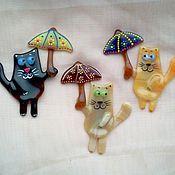 Сувениры и подарки ручной работы. Ярмарка Мастеров - ручная работа Магнит Кот под зонтом. Handmade.