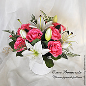 Композиция из роз и лилий